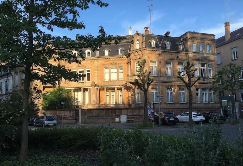 Adonis Hotel Strasbourg, Strazburg, Otelin Önü