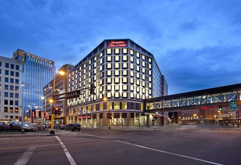 Hampton Inn & Suites Minneapolis / Downtown, Minneapolis