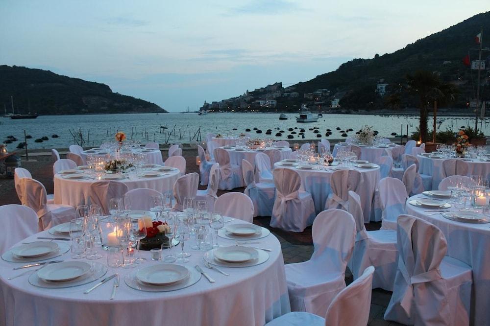 Prenota Le Terrazze di Portovenere a Portovenere - Hotels.com