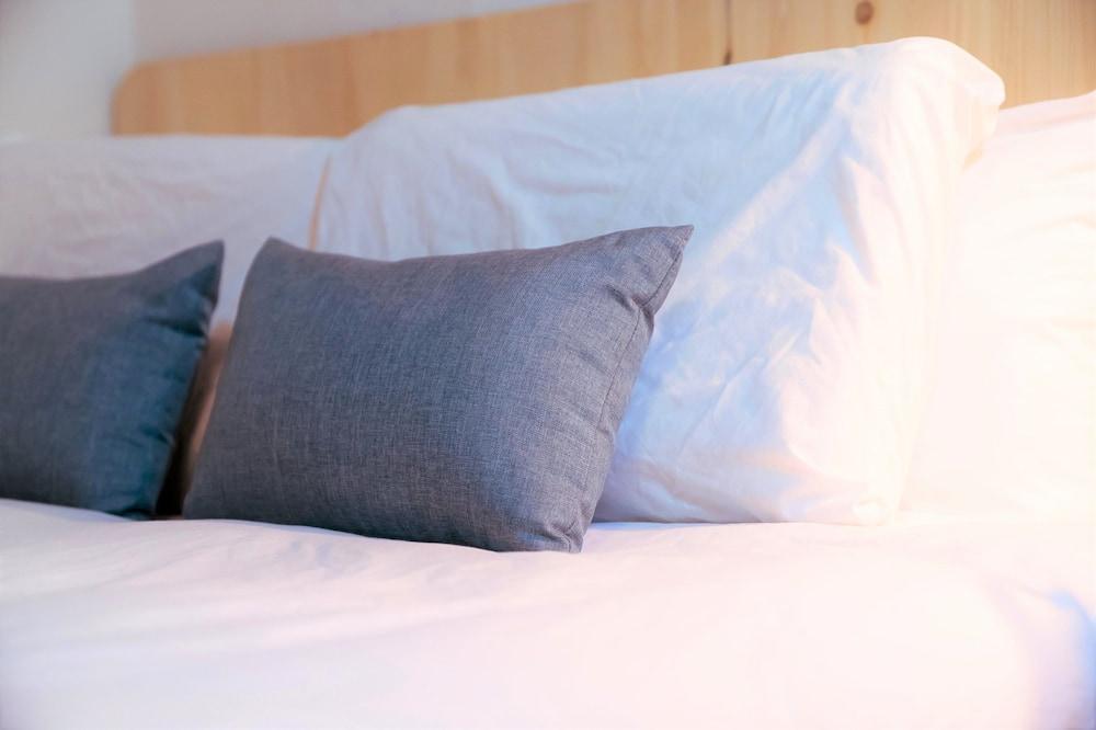 特色雙人房, 1 張加大雙人床, 共用浴室 - 客房