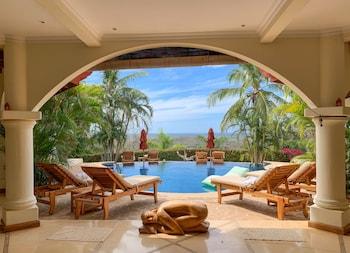 Picture of Los Altos de Eros Boutique Hotel & Spa in Tamarindo
