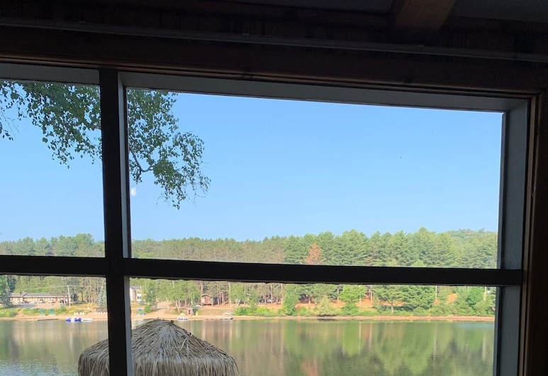 Algonquin Lakeside Inn, Algonquin Highlands, 2 Bedroom Cottage with lake view, Lake View