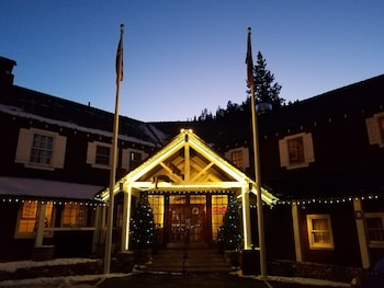 Picture of River Ranch Lodge & Restaurant in Tahoe City