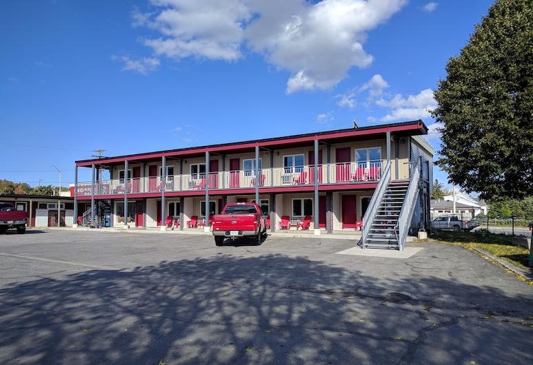 The Barrie Motel, בארי