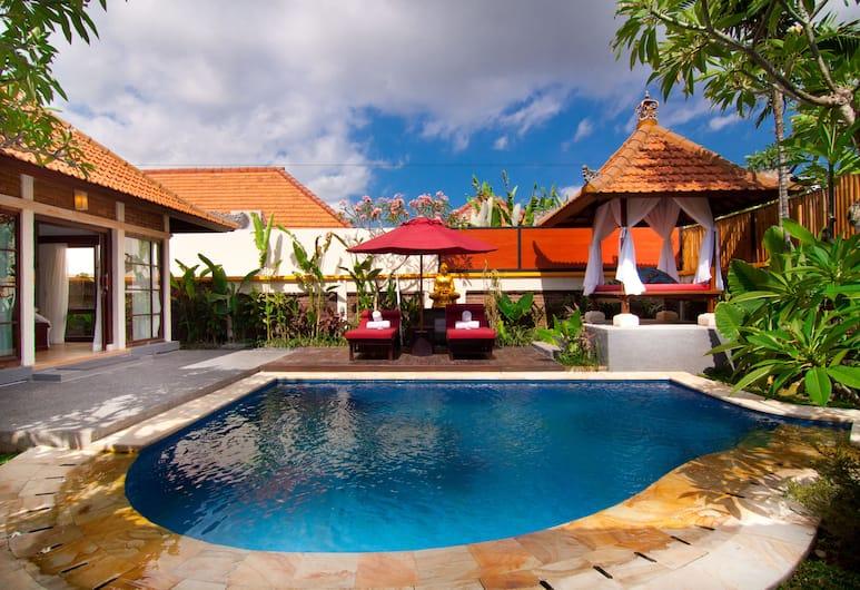 阿萬別墅酒店, 水明漾, 泳池