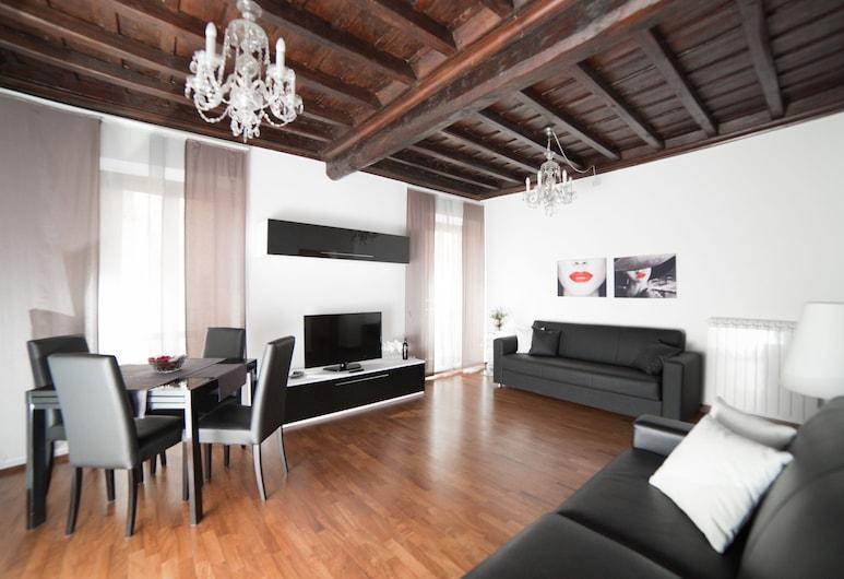 64 套房公寓, 羅馬, 豪華公寓, 2 間臥室, 浴缸, 客廳