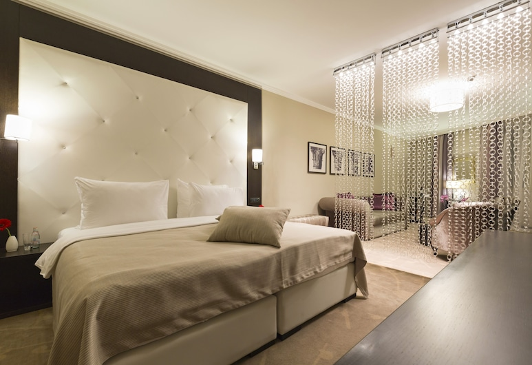 Constantine the Great, Belgrad, Junior-Suite, 1 Queen-Bett, Zimmer