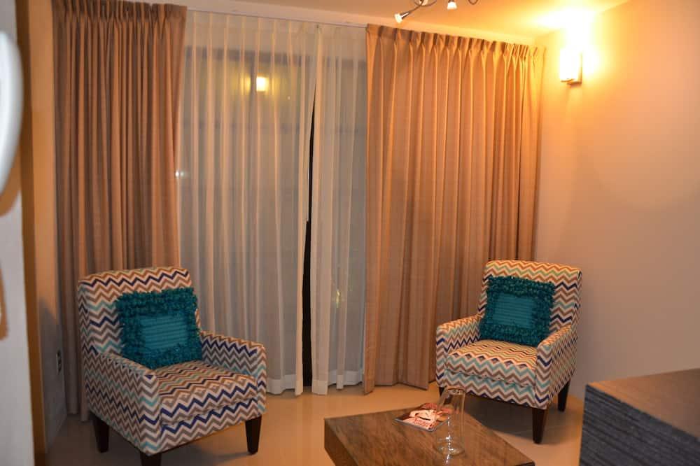 Superior Suite, 2 Bedrooms - Living Area
