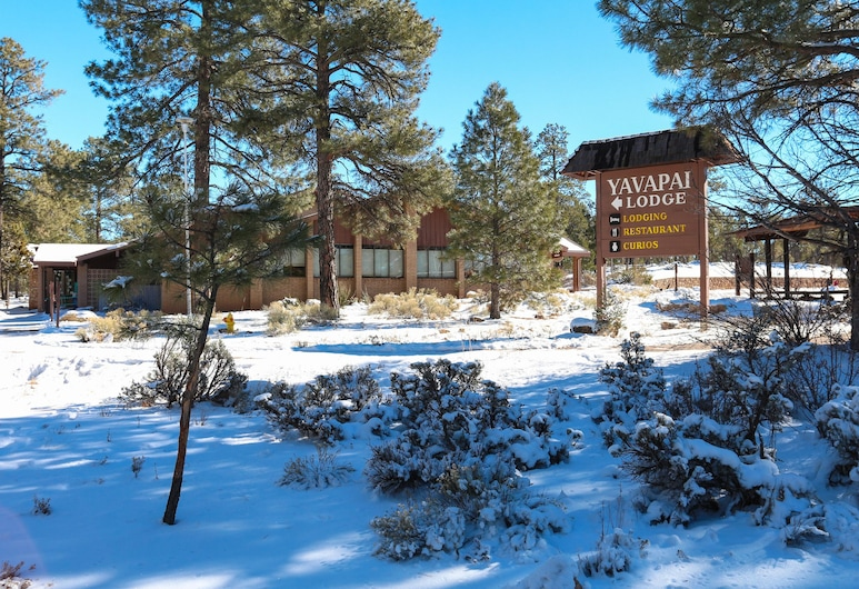 Yavapai Lodge - Inside the Park, Grand Canyon