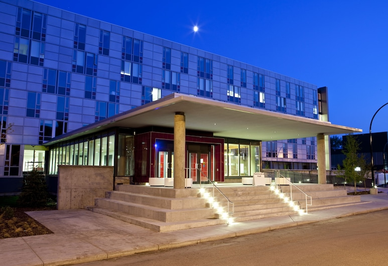 University of Calgary - Seasonal Residence, Calgary, Fachada do estabelecimento (à noite)
