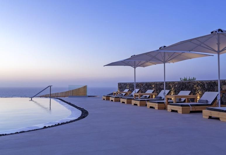 Elea Resort - Adults Only, Santorini, Sundeck