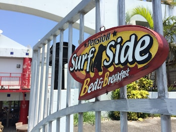 Picture of Surfside Bed & Breakfast in Onna