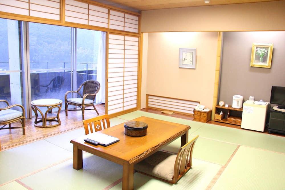 Tradičná izba (Japanese Style, for 4 Guests) - Hosťovská izba