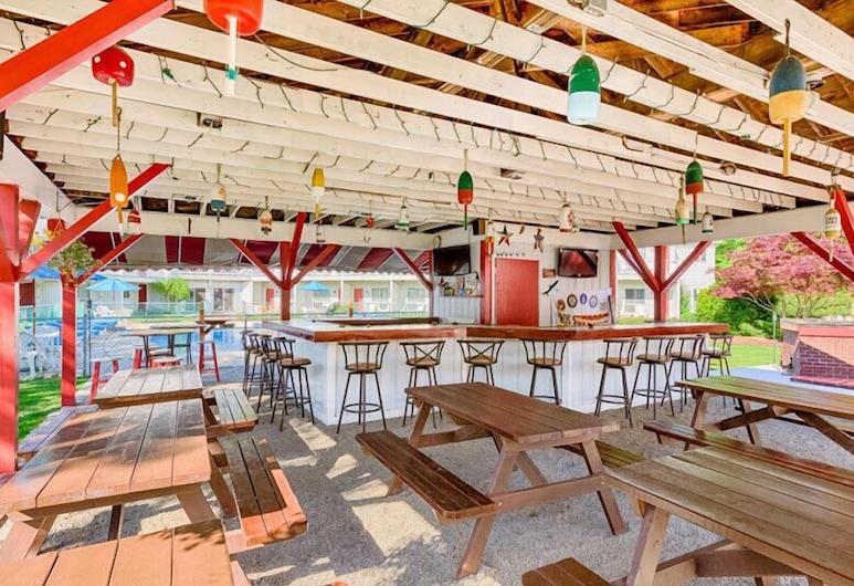 The Rhumb Line Resort, Kennebunkport, Hotel Bar