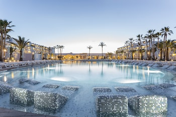 Foto di Grand Palladium White Island Resort & Spa - All Inclusive 24h a Sant Josep de sa Talaia
