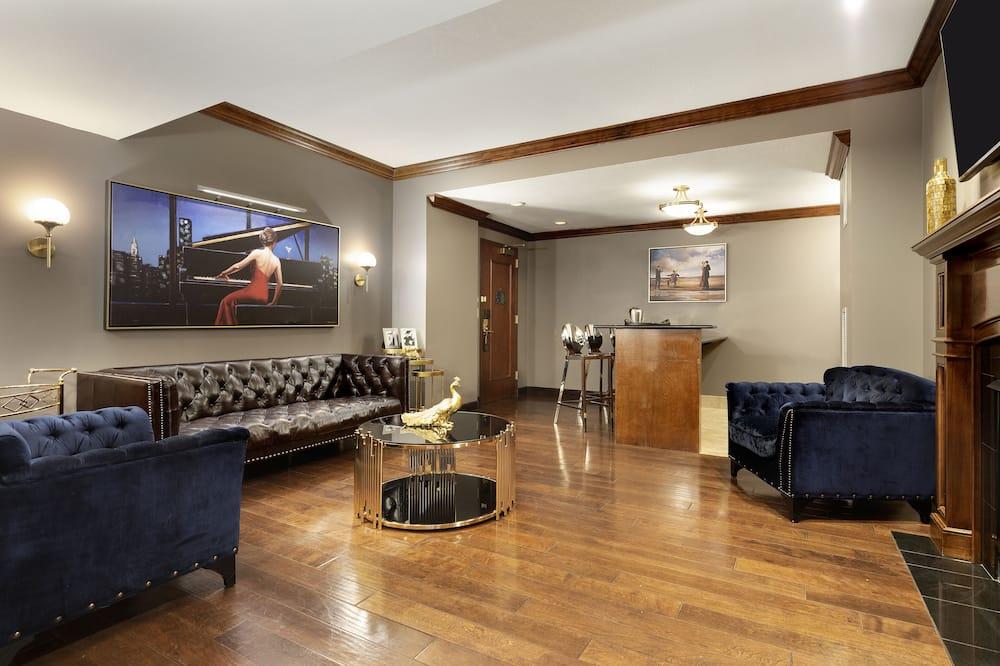 Superior-suite - 1 kingsize-seng - pejs i værelset - Opholdsområde