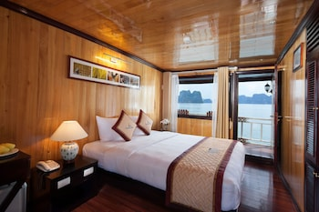 Picture of Garden Bay Luxury Cruise in Halong
