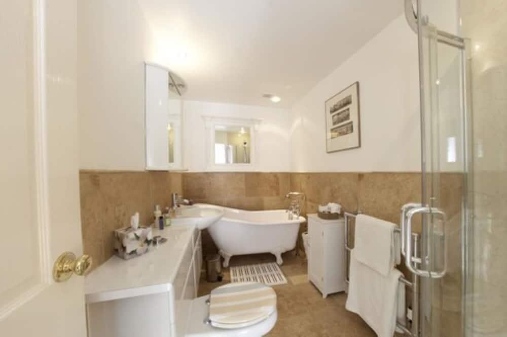 奢華雙人房, 1 張特大雙人床 - 浴室