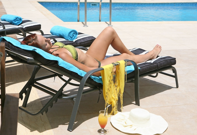 Saint Elena Boutique Hotel, Larnaca, Lauko baseinas