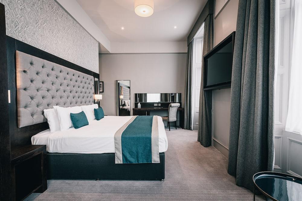 Двомісний номер із покращеним обслуговуванням, 1 двоспальне ліжко - Номер