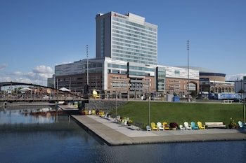 Picture of Buffalo Marriott at LECOM HARBORCENTER in Buffalo