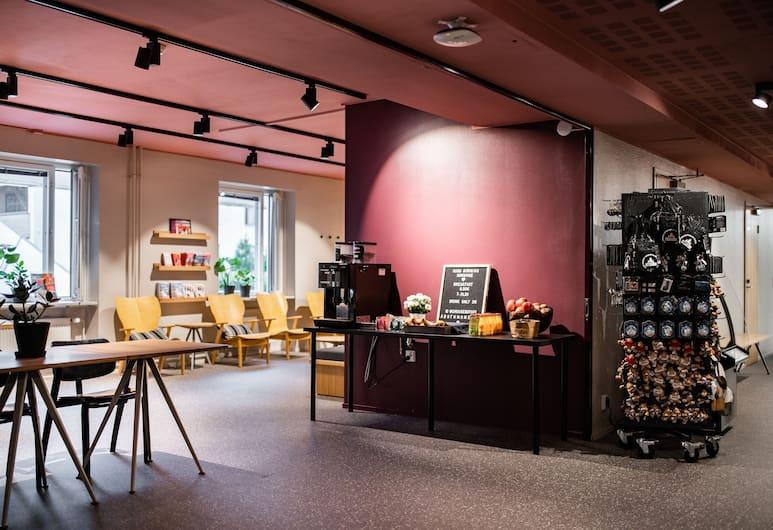 Both Helsinki, Helsingi, Hotelli sohvabaar