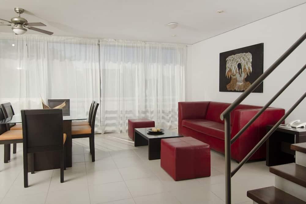 Апартаменти, 2 спальні, міні-кухня - Житлова площа