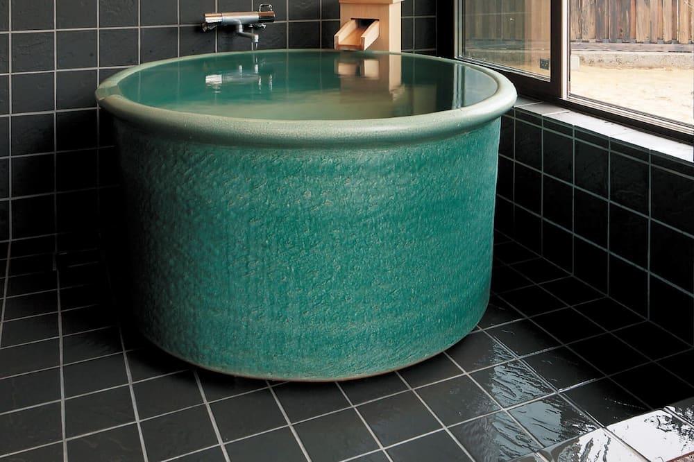 חדר (With Private Open Air Bath (A-1)) - חדר רחצה