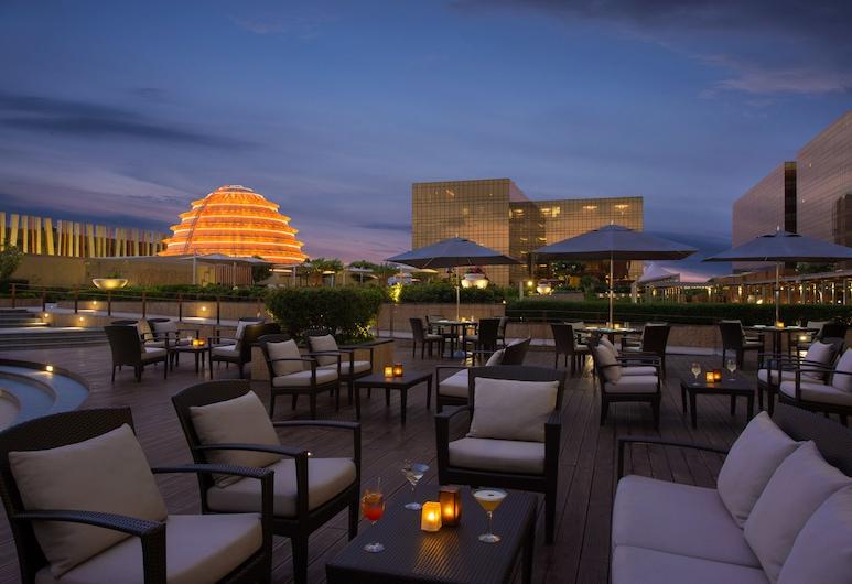 City of Dreams - Nobu Hotel Manila, Parañaque, Basseiniäärne baar