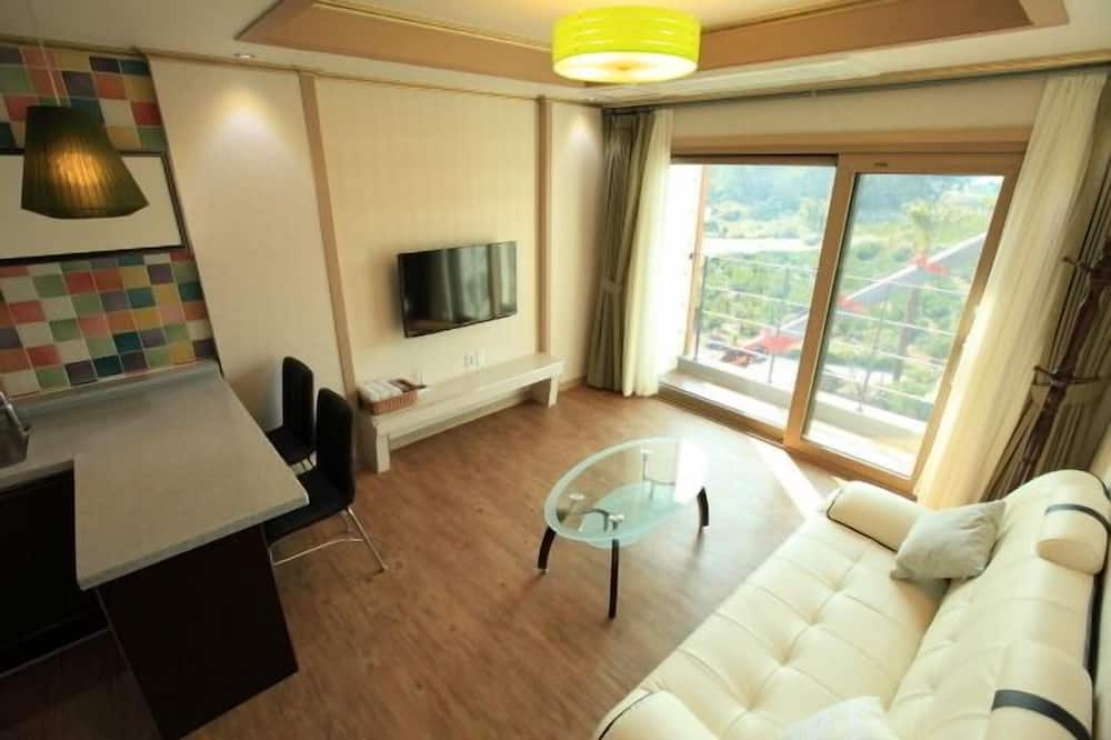 Suite, Kitchen (20 PY) - Ruang Tamu