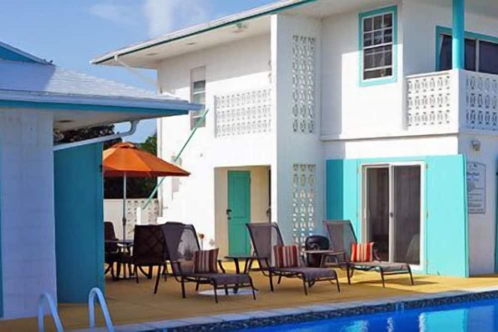 Cayman Brac Beach Villas