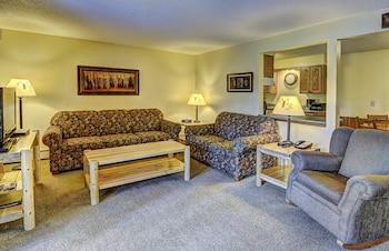 Eagle River — zdjęcie hotelu Lake Forest Resort & Club