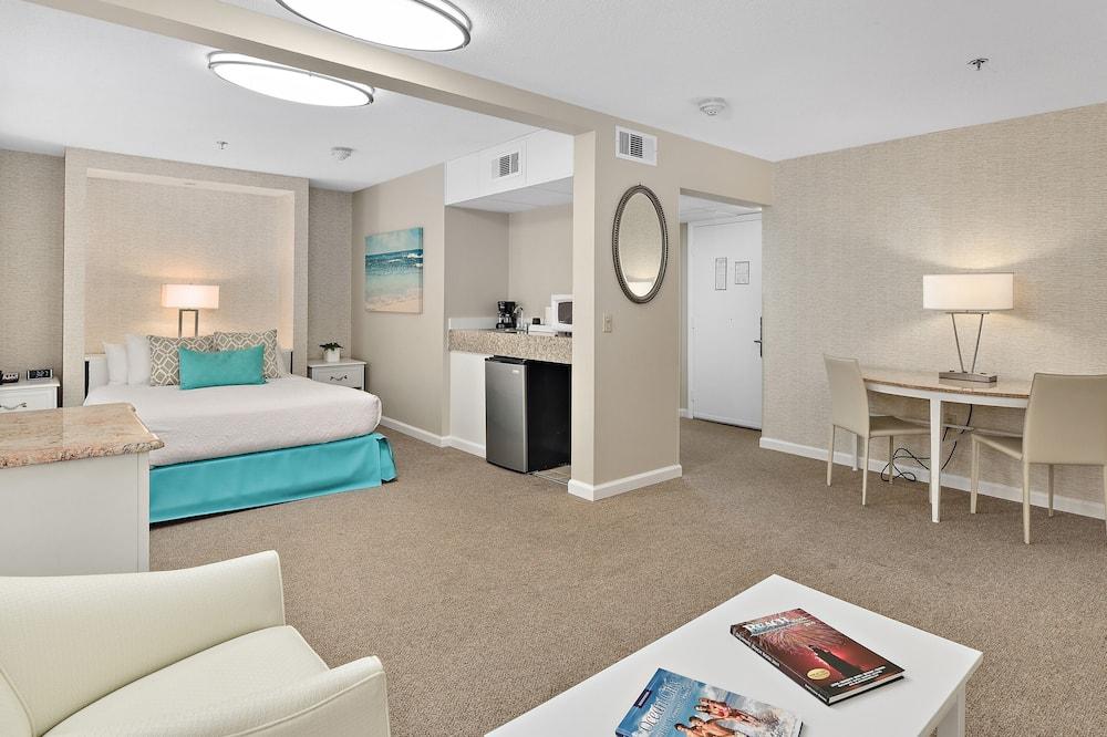 開放式客房, 1 張加大雙人床及 1 張梳化床, 無障礙 - 客房