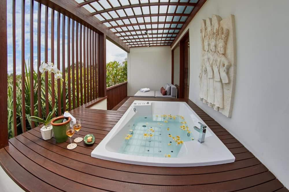One Bedroom Garden View Suite with Jacuzzi - Jepun - Gjesterom