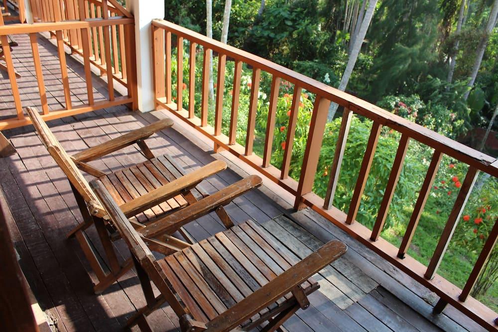 Deluxe Double Room, 1 Queen Bed, Ocean View - Balcony