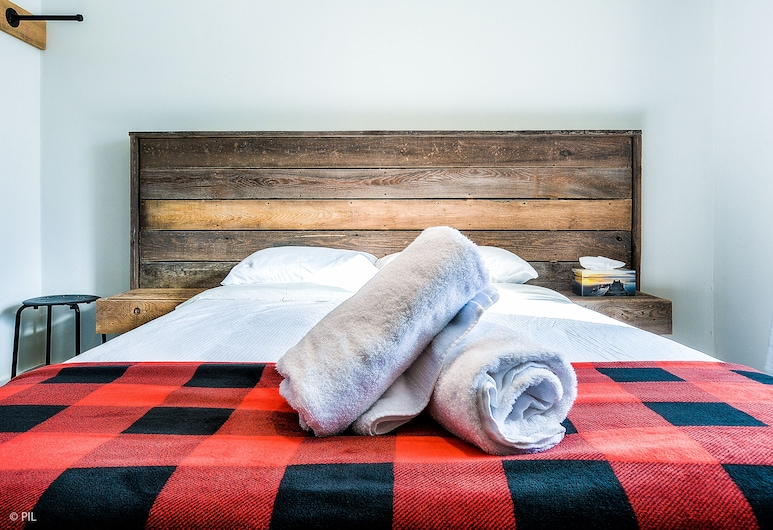 Manitonga Hostel, Mont-Tremblant, Kamar Double Basic, 1 Tempat Tidur Queen, non-smoking, Kamar Tamu