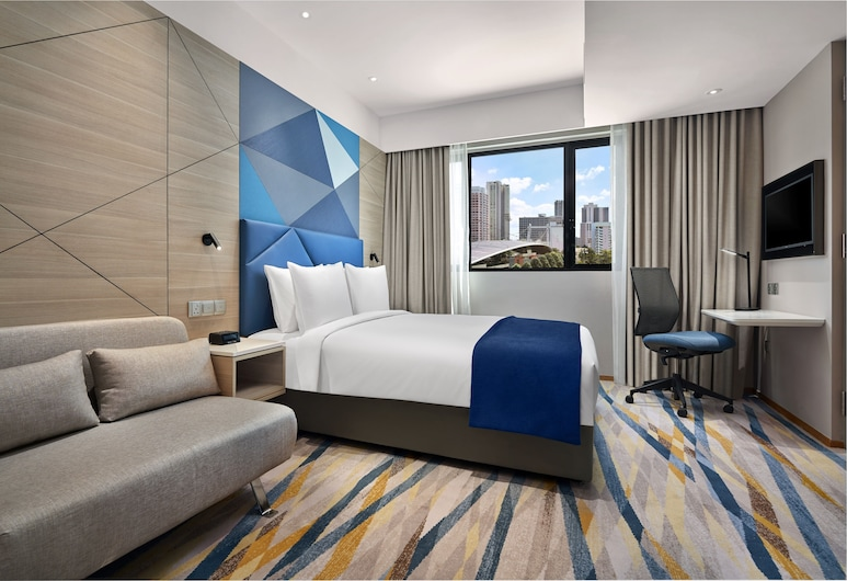Holiday Inn Express Singapore Serangoon, an IHG Hotel, Singapore, Room, 1 Queen Bed, Accessible, Non Smoking, Guest Room