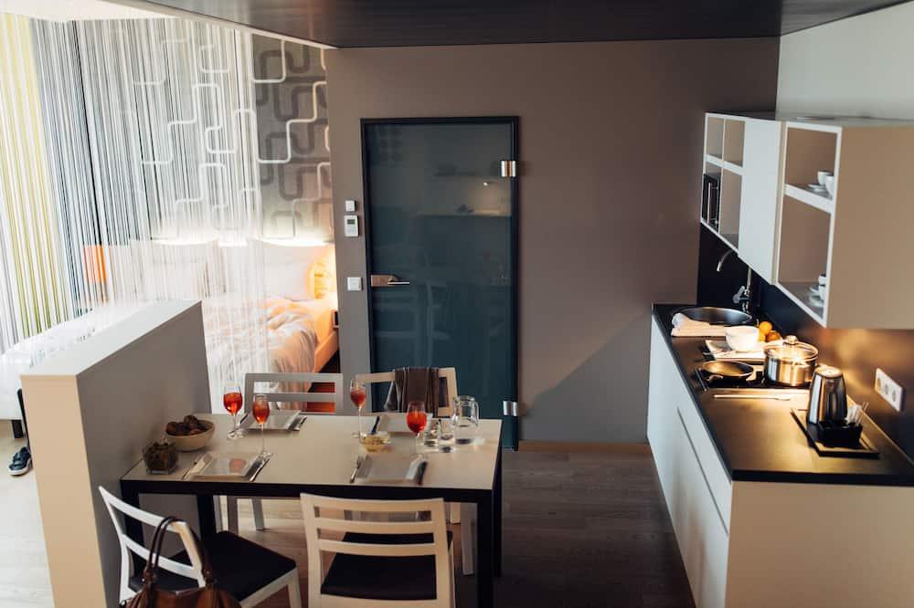 Studio Superior, aneks kuchenny - Wyżywienie w pokoju