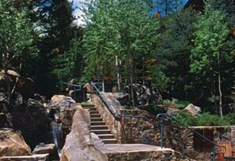 Teton Club, Тетон-Вілледж, Сад