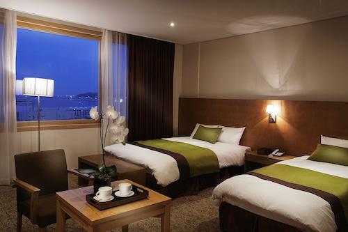 와이오션관광호텔/
