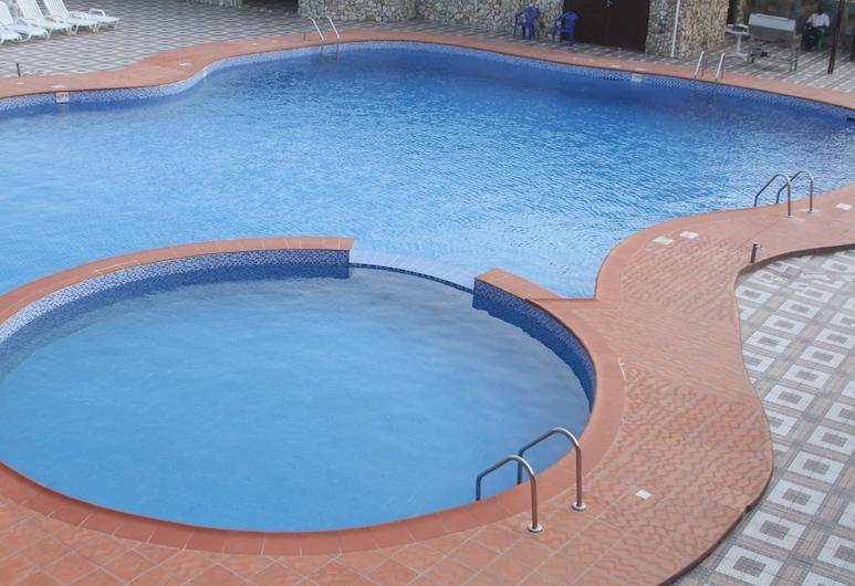 Oceanic Hotel, Accra, Outdoor Pool