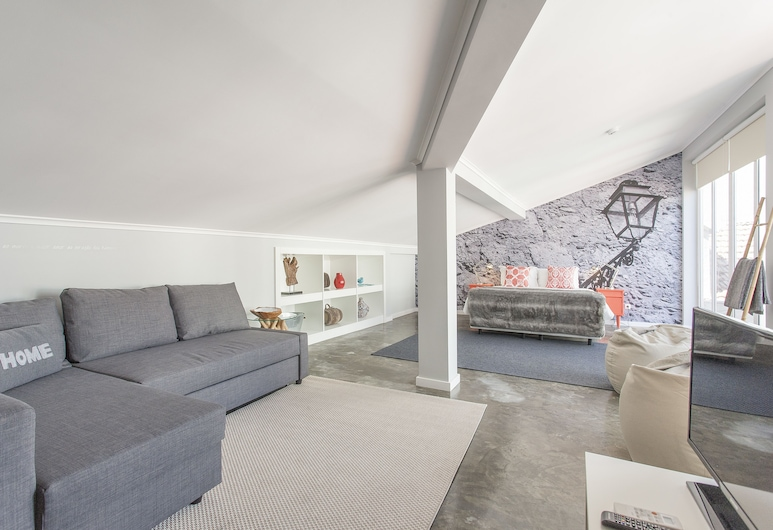 Emporium Lisbon Suites, Lissabon, Fjölskyldusvíta - borgarsýn, Herbergi