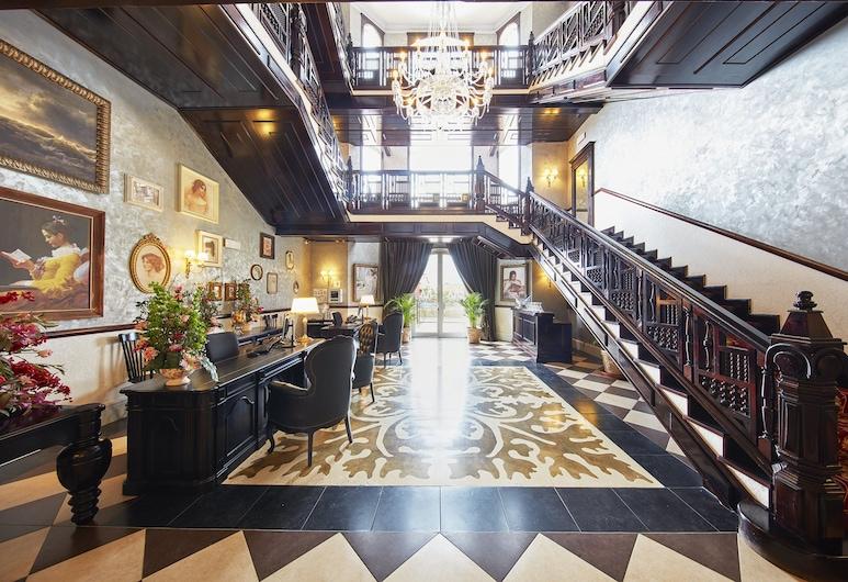 PortAventura Hotel Lucy's Mansion - Park Tickets Included, Salou, Receção