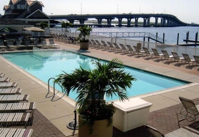 Pier 4 Hotel, Somers Point, Alberca al aire libre