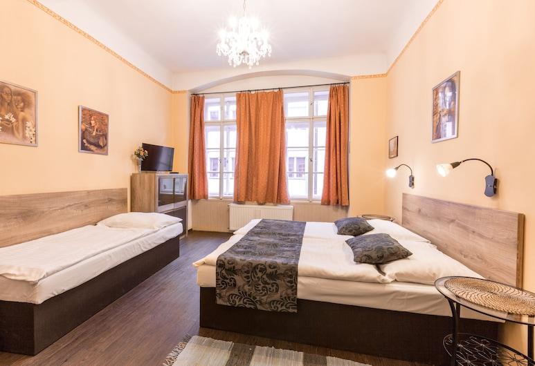 Aparthotel Davids, Praha, Apartamentai šeimai, 2 miegamieji, virtuvėlė, Svečių kambarys