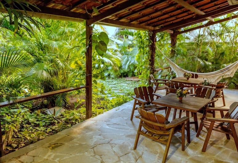 Mansão VillaVerde - Pousada & Vacation Rentals, Salvador, Terrace/Patio
