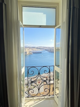 Picture of Grand Harbour Hotel in Valletta