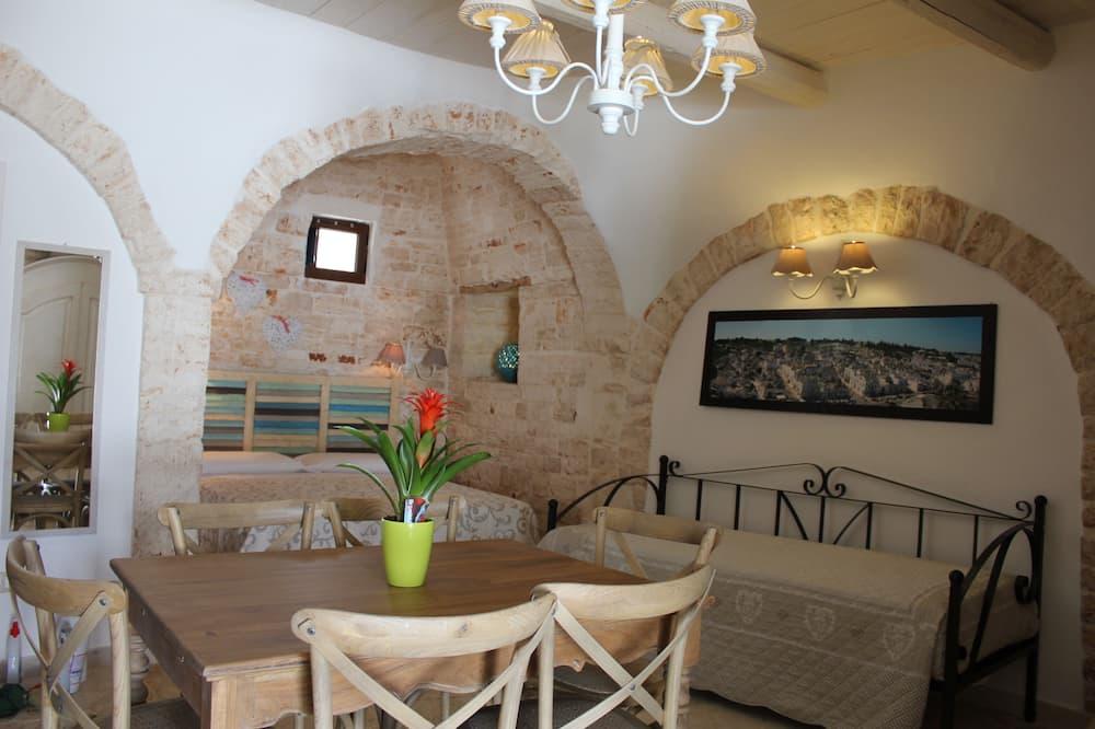 Trullo, 2 Bedrooms - Living Area