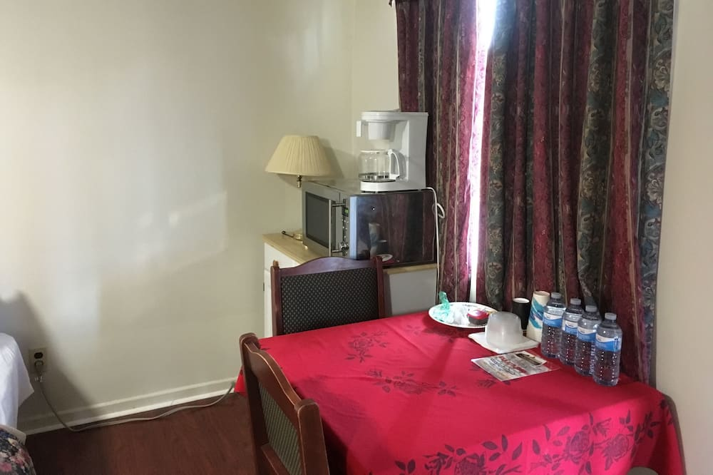 King Family Room - Restauration dans la chambre