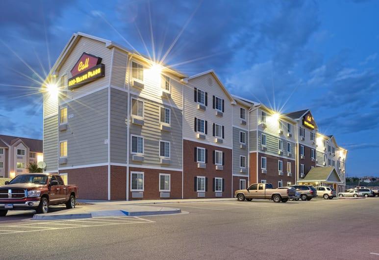 Value Place El Paso, Elpaso, Viesnīcas priekšskats vakarā/naktī